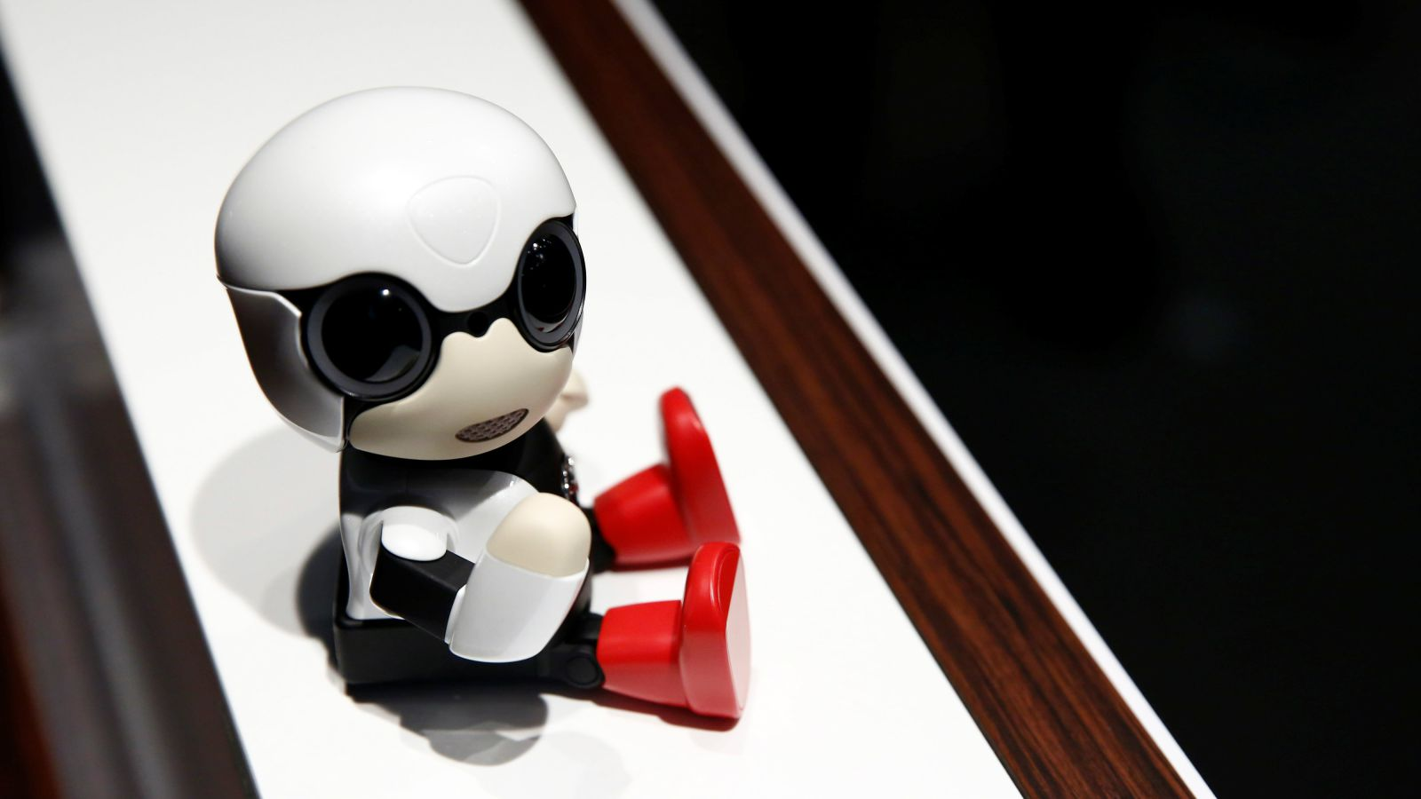 """""""Kirobo"""" le bébé robot"""